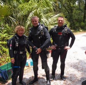 Renee, Karl, and Jef post-dive...and ready for LUNCH!